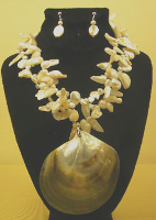 C:\Users\Rajiv\Downloads\freshwater pearls a sea shell silver-3486.JPG