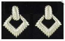 Clip On Earrings - Modern (SKU: SOL5449)