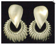 Clip On Earrings-Modern (SKU: SOL1445)